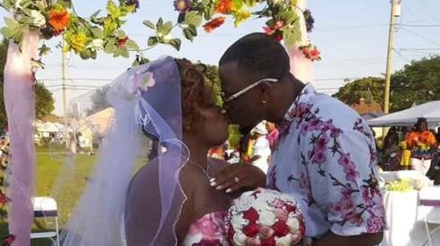 Vụ trộm 'dở khóc dở cười' trong bữa tiệc cưới ngoài trời ở Mỹ