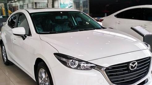 Giá tính phí trước bạ giảm cả trăm triệu, khách mua ô tô hưởng lợi lớn