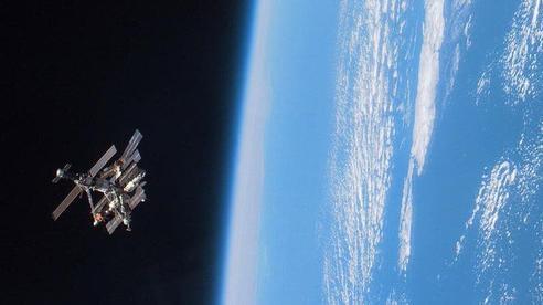 Nga phóng tên lửa chống vệ tinh: Anh 'ra tay' ngăn chạy đua vũ trang