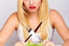 Kiêng mỡ, không ăn cơm và nhịn hoàn toàn bữa tối giúp teen nữ giảm cân?
