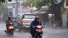 Dự báo thời tiết ngày 30/8: Hà Nộicó mưa rào và dông rải rác
