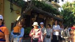 Gần 3,8 triệu lượt khách quốc tế đến Việt Nam trong 8 tháng
