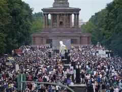 Cảnh sát Đức giải tán biểu tình ở trung tâm thủ đô Berlin