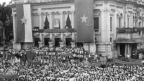 Chùm ảnh: Hà Nội từ nạn đói năm 1945 đến mùa thu năm 2020