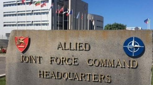 Gián điệp Nga lộ mặt trong căn cứ NATO?