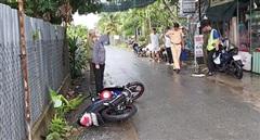 Tai nạn xe máy trên đường làng, 2 anh em sinh đôi thương vong