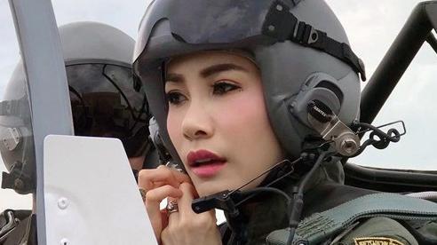 Tin vui dành cho Hoàng quý phi Thái Lan vừa bị phế truất năm 2019: Quốc vương đến tận nhà tù để đón