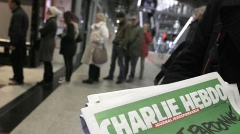 Tạp chí Charlie Hebdo đăng lại các tranh biếm họa về Mohammed