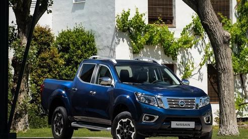 Nissan Navara đời mới lộ nội thất xịn hơn trông thấy, đua tranh với Ford Ranger