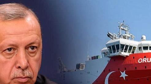 Tin xấu cho Thổ: Pháp 'đại hạ giá', vũ khí nóng ồ ạt đến tay đối thủ lớn ở Địa Trung Hải