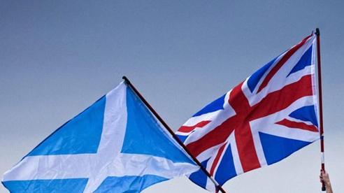 Scotland lại muốn ly khai: Nước cờ cao