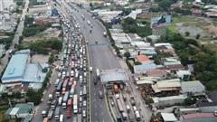 Cấm xe máy qua cầu vượt ngã tư Vũng Tàu