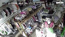 Vụ cướp đâm nữ nhân viên shop quần áo: Chủ cửa hàng kể phút thấy cháu gái giơ tay 'cầu cứu' qua camera