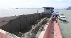 Phạt 300 triệu đồng vì xả thải trái phép xuống vùng lõi vịnh Hạ Long