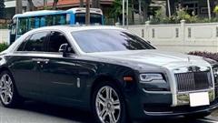 Sau gần 1 thập kỷ, Rolls-Royce Ghost hạ giá rẻ hơn cả Mercedes-Maybach 'đập hộp'