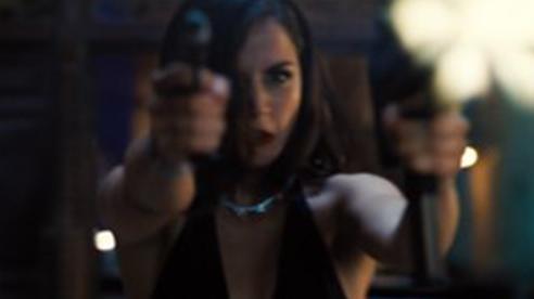 'Không phải lúc chết' tung trailer mới hé lộ cuộc đối đầu sinh tử vì tình cũ của Daniel Craig