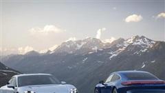 Xe điện Porsche Taycan có giá lên đến 9,55 tỷ đồng tại Việt Nam