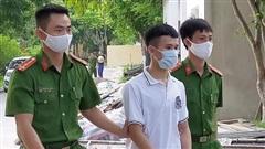 Thanh Hóa: Rút dao đâm 3 người thương vong sau khi bị tát vào đầu