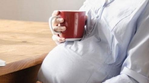 Bà bầu uống cà phê có ảnh hưởng thai nhi?