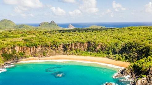 Hòn đảo 'thiên đường' ở Brazil với quy định kỳ lạ: Chỉ mở cửa đón du khách từng mắc COVID-19