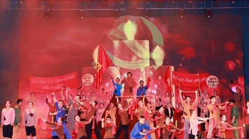 Kỷ niệm trọng thể 90 năm Xô viết Nghệ-Tĩnh