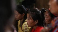 Nghẹn lòng đám tang 3 em học sinh tử vong trong vụ sập cổng trường ở Lào Cai