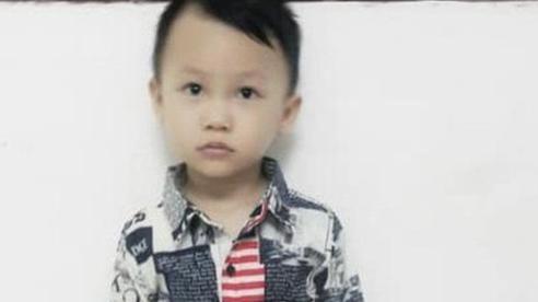Truy lùng khắp nơi tìm kiếm bé trai 3 tuổi mất tích hơn 2 ngày