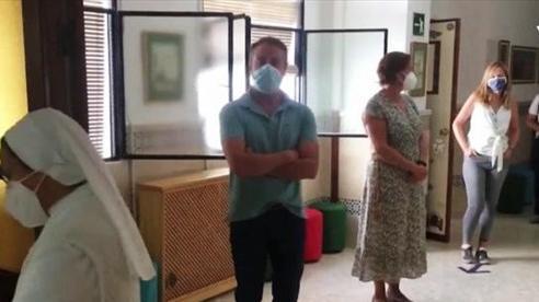 Tây Ban Nha có số ca nhiễm COVID-19 vượt nửa triệu