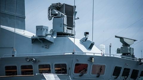 Chiến hạm Pháp cố 'gây nhiễu' S-400 tại Crimea