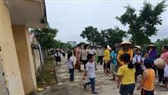 Thanh Hóa: Phản đối sáp nhập trường, hàng trăm phụ huynh cho con nghỉ học