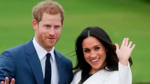 Vợ chồng Harry trả lại 2,4 triệu bảng tiền sửa nhà cho người Anh