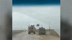 Thiết giáp Nga húc tung xe bọc thép Mỹ ở Syria: Căng đỉnh điểm, có thể bùng nổ xung đột?