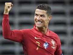 Ronaldo lập kỳ tích chưa từng có trong lịch sử bóng đá châu Âu