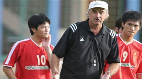 VFF tri ân cựu HLV trưởng đội tuyển Việt Nam Alfred Riedl