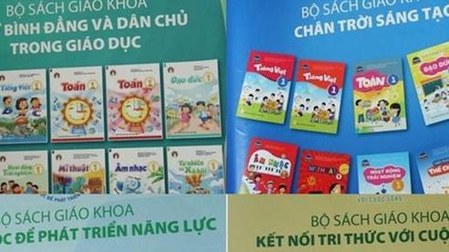 Sao bé lớp 1 phải cõng bộ SGK tới 23 đầu sách?