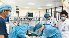 Cứu sống bệnh nhân sốc phản vệ, ngừng tim gần 60 phút nhờ 'y tế từ xa'