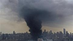 Người dân Beirut bỏ chạy khỏi thành phố sau trận hỏa hoạn