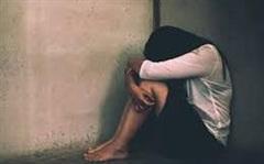 Cô gái 17 tuổi liên tục bị 3 nhóm 'yêu râu xanh' cưỡng hiếp ở Nam Phi