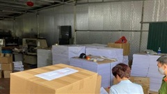 Bắt giữ gần 4000 cuốn sách lậu ở Hà Nội