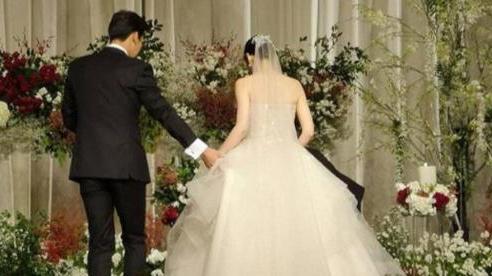 Đang tổ chức đám cưới, cô dâu chú rể bàng hoàng khi biết thân phận thật của nhau khiến hôn lễ hủy bỏ