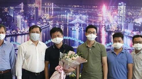 Những y, bác sĩ 'chi viện' cuối cùng rời Đà Nẵng