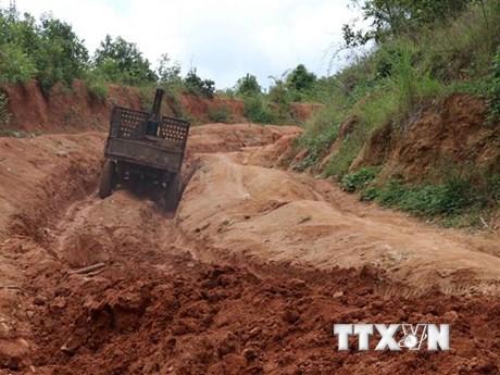 50 hộ dân làng Đê Kôn bị cô lập mỗi khi mùa mưa Tây Nguyên tới