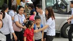 Hà Nội tăng cường quản lý hoạt động đưa đón học sinh bằng ô tô