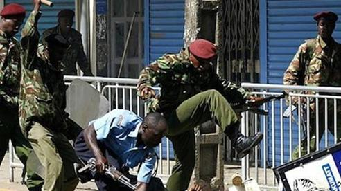 Nạn 'bố già' hoành hành ở Jamaica