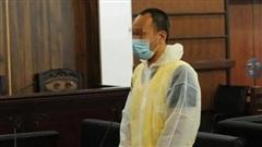 Lén sang nhà bạn chơi, bé gái bị sát hại và giấu xác theo cách thức đau đớn, lời khai của hung thủ trên tòa khiến dư luận phẫn nộ