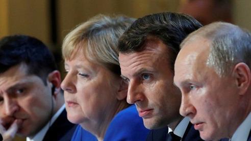 Châu Âu vừa trừng phạt Nga vì... tình hình Ukraine