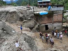 Nepal: Mưa lớn kéo theo lở đất làm hơn 30 người thiệt mạng và mất tích
