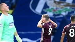 Vardy lập cú đúp, Leicester đại thắng trận ra quân