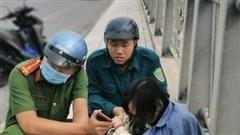 Cứu kịp cô gái đứng thẫn thờ trên cầu An Hảo nhìn xuống sông Đồng Nai chảy xiết