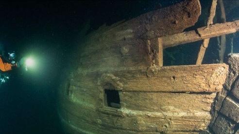 Xác tàu buôn thế kỷ 17 bảo quản nguyên vẹn dưới biển Baltic
